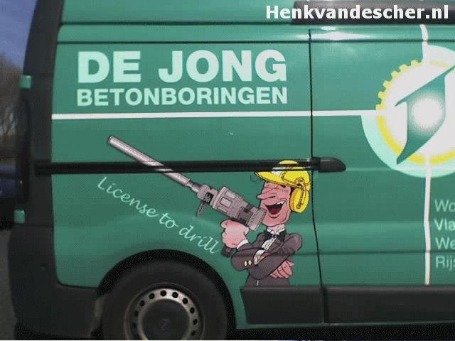 De Jong  :: License to Drill