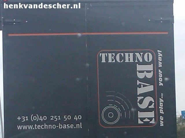 TechnoBase :: We play.... Your Way!